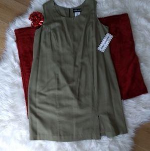 NWT Woman's dress